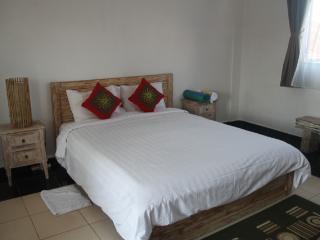 Apartment 4 Kayu Aya Seminyak Bali, Kerobokan