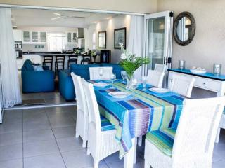 WhiteOaksVilla Beach Apartments-4BR-Villa Unit 7, Trou aux Biches