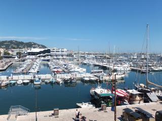 Vue mer Port de cannes