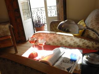 Cosy Apt In The Heart of Historical Lisbon 3/5