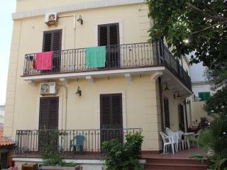 Casa in villa a 2 passi dal mare di S. Agata Messina