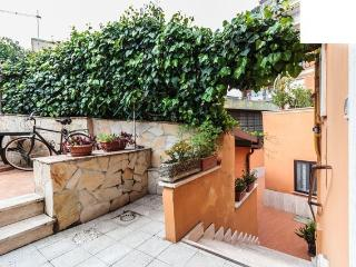 Your Room#Terrace#bike#Metro B ROMA, Roma
