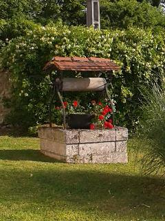 Wishing well at Langlade