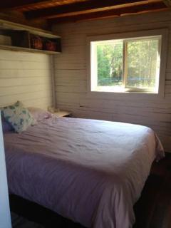 main cabin bedroom #1, double bed, excellent mattress