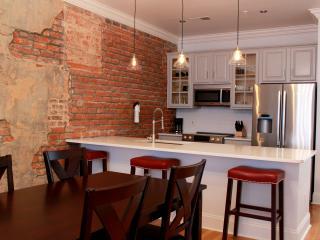 Hosteeva Downtown Luxury Suite 401 for 4 People, Nueva Orleans
