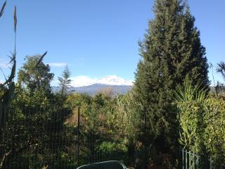 Holiday House  indipendent  Taormina and Etna view, Giardini-Naxos