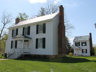 Moss Side Manor- Idyllic 19 C. Country Retreat, Williamsburg