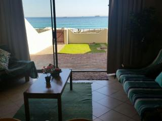 Cape Town Beachfront Blouberg Apartment Self-C