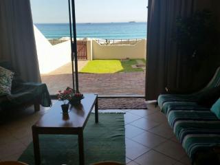 Cape Town Beachfront Blouberg Apartment Self-C