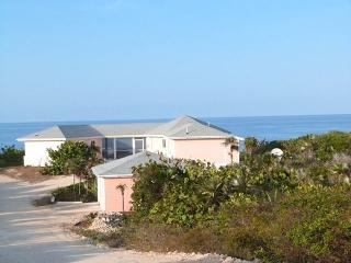 Unique 1BR/1BA or 2BR/2BA Beachfront Home w/Gazebo, Long Island