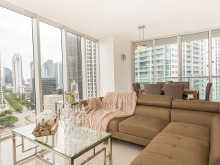 Ultra-Modern 2 Bedroom Apartment in Brickell, Miami