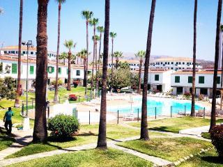 Habitación en Casa con Piscina, Jardín, Terrazas, al lado de Playa del Inglés, Playa del Ingles