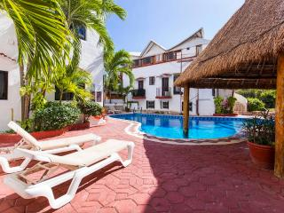 One Bedroom Apartment with Pool View, Playa del Carmen