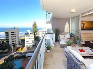 1 Bedroom Superior Ocean View Apartment, Surfers Paradise