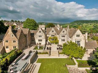 Wilfred Manor, Painswick