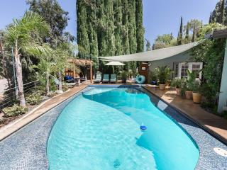 country guesthouse/duplex view & heated pool, Los Angeles