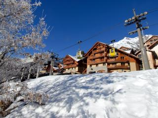 Ski holiday rental at Vaujany residence C-E