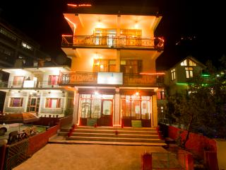 Cheap Hotel & Cottage Manali