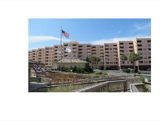 Jetty East 520A, Beachfront condo! Watch the Fireworks from your Balcony!, Destin