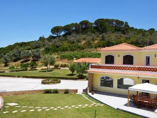 Villa dos Picheleiros II, Azeitão