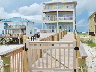 SUNDAY to SUNDAY New 8 Bd, 8.5 Ba Beachfront Home w Private Pool & Elevator, Gulf Shores