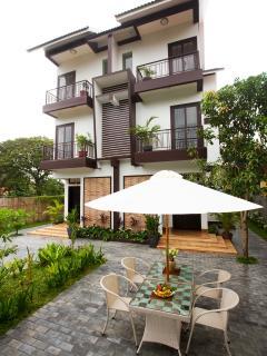 The Bayon Villa