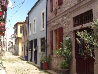 A renewed old Stone house in City near the seaside, Ayvalik