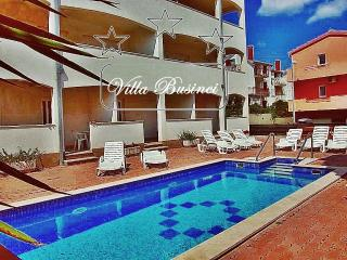 Small luxury apartment building with amazing sea views and access to swimming pool (15 apartments)
