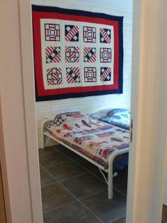 Room 2 Nantucket