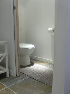 Room 1 Master Bedroom Mamaroneck  bath room