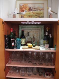 Even a built in bar!