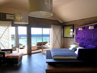 Luxury Suite in St Barts overlooks the lagoon, Grand Cul-de-Sac