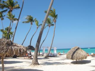 Punta Cana, Los Corales, Condo right on the beach