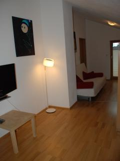The lounge-hall between the bedrooms