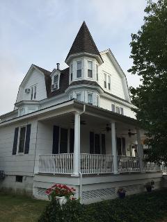 616 Wesley Ave Whole House 122998