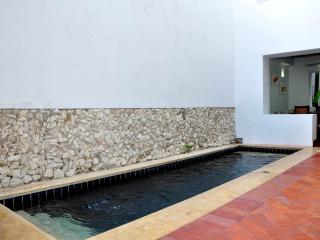 Beautiful 4 Bedroom Old City House, Cartagena