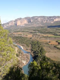 El río Gállego con sus aguas bravas un atractivo turístico