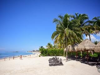 PRIVATE BEACH CLUB! For 6 Friends Or A Family, Playa del Carmen