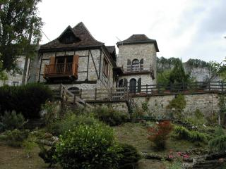 Dordogne chateau, Vayrac
