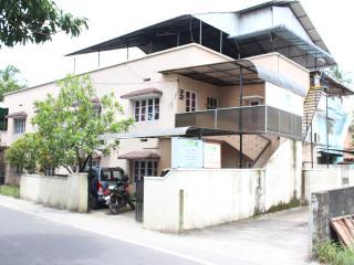 The PARROT Serviced Villa
