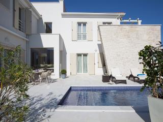 Villa Candida, Tar-Vabriga
