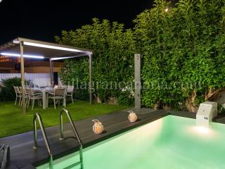 Beach House with private pool in San Agustín -ET1