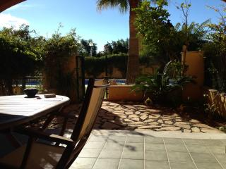 Lovely one bedroom garden flat near Javea port.