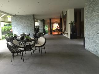 Aston Tower, 2 Serendra, The Fort, Manila, Taguig City