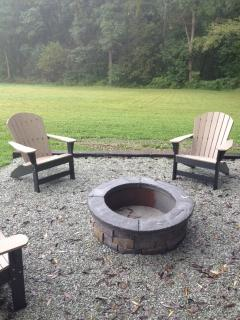 Fire Pit with 4 Adirondack Chairs