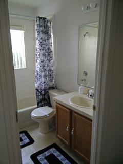 Family Bathroom ( situated between 2nd master and triple room )