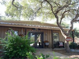 Ollie's Country Cottage, New Braunfels