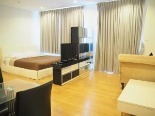 BEAUTIFUL CONDO IN SATHORN BANGKOK!, Bangkok