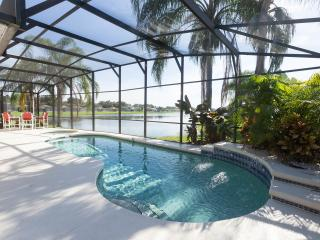 The Retreat - Explore Disney & Florida in style, Kissimmee