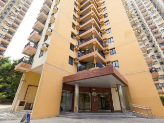 Discovery Bay, Hong Kong, 3 bedroom apartment